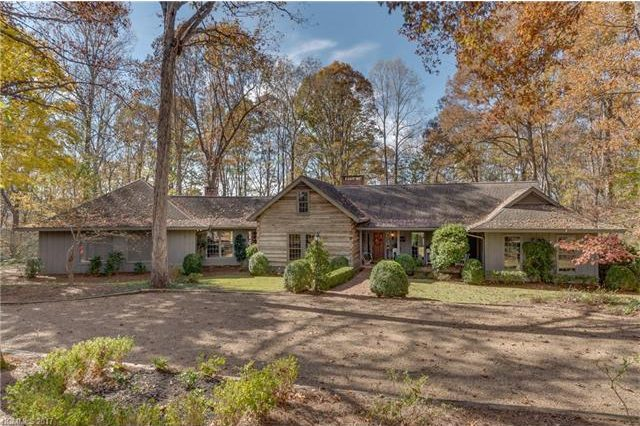 Under Contract: 3 Jackson Grove North