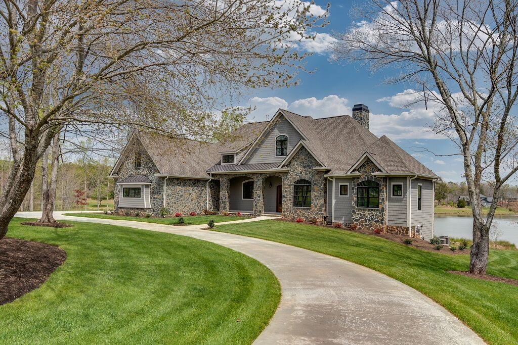 "SOLD – ""Derbyshire"" 726 Mapleton Lane"